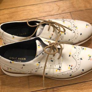 Cole Haan Shoes - Cole Haan shoe